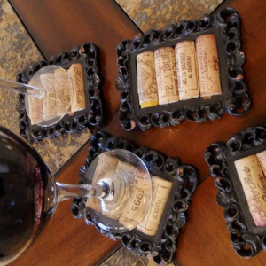 Mini Wine Frame Coaster