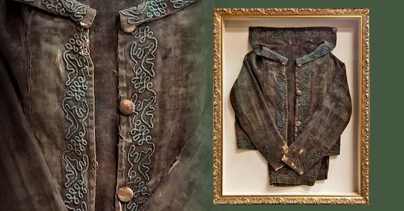 FRAMING PROJECT: Antique Velvet Child's Coat